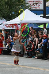 Fremont Solstice 2016  2406 (khaufle) Tags: solstice fremont wa usa hulahoop juggling parade