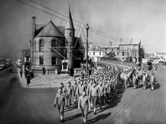 US Army personnel outside Portrush Town Hall, March 1942 (G.I.N.I) Tags: 34thinfantrydivision 168thinfantryregiment portrush 1942 northernireland countyantrim ww2