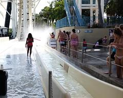 Wet & Wild, The Last Splash (alloyjared) Tags: fujifilm orlando waterpark wetnwild x100t