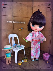 Time for fireworks!! ;-) (cute-little-dolls) Tags: friends summer fun toy miniature chair doll candle play fireworks blythe rement sonnyangel middieblythe