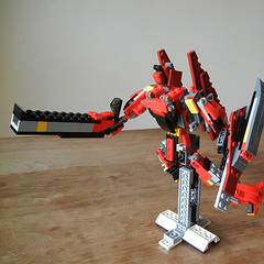 DSCN6923 (alfa145q_lego) Tags: lego legocreator redcreatures 31032 mecha vehicletransporter 31033 rebuild alternate