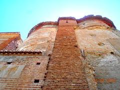 #Andalucia7Desafios (Barba azul) Tags: sol edificios 7 andalucia vicente puesta desafios ferrer fundacion retos comarcadeguadix caminomozarabedesantiago
