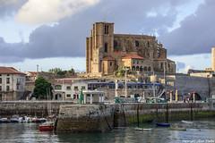 Santa Maria de la Asuncin (cvielba) Tags: puerto iglesia castillo cantabria castrourdiales