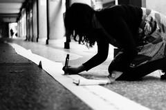 Muri DiVersi (III) (laetitia.delbreil) Tags: monochrome blancetnoir blackandwhite blancoynegro bw nb bn film pellicule pellicola pelcula argentique analogico anlogo analogue analogsoul pentacon praktica b200 prakticab200 35mm slr singlelensreflex prakticar 50mm 118 prakticar50mm118 diversi bologna viafondazza italia muridiversi poesia posie pauleluard laposieininterrompue lapoesiaininterrotta availablelight outdoor portici porticoes arcades silhouette fotografiadistrada streetphotography photographiederue fotografacallejera jesuisargentique ifeelfilm istillshootfilm filmisback filmisnotdead believeinfilm filmisawesome ilford hp5 iso400 ilfordhp5