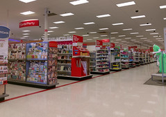 Cordova neon SuperTarget, July 20, 2016 (and all is well, except for that heat wave thing!) (l_dawg2000) Tags: retail neon memphis tennessee departmentstore target bullseye cordova 90s creditcard 2000s discountstore labelscar wavyneon