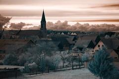 Griesheim-pres-Molsheim (Kinnay21) Tags: ir infrarouge paysage griesheim griesheimpresmolsheim rve imagination