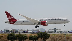 """Virgin Atlantic Airways 787-900 Dreamliner """"Lucy in the Sky"""" (G-VDIA) LAX Approach 3 (hsckcwong) Tags: virginatlanticairways 787900 7879 787 dreamliner gvdia lucyinthesky lax"""