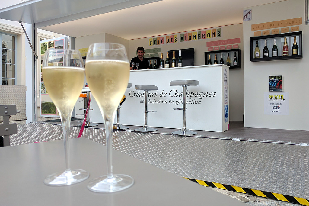 On the Avenue de Champagne in Epernay - we couldn't not?