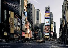 Cien veces he pensado que Nueva York es una catástrofe, y 50 veces que es una hermosa catástrofe... (belthelem) Tags: nyc sunset usa ny newyork apple skyline sunrise atardecer luces nikon manhattan taxi skylight amanecer timessquare nuevayork granmanzana neones d700 1424mm nycwallpaper