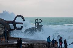 Peine de los vientos en San Sebastian (josebair) Tags: waves country olas basque euskadi donostia peine