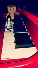 A joyful noise is always in tune (karmenbizet73) Tags: art toys photography flickr toystory alice tune secretlifeoftoys aliceinwonderland joyfulnoise eyespy danbo goaskalice ticklingtheivories 126365 danboard photodevelopment pianoplay danbolove toysunderthebed 2015365photos