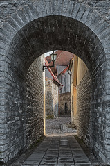 (dgaripov) Tags: street old town spring tallinn estonia day nobody lantern vanalinn 201504
