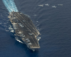 150510-N-TP834-197 (U.S. Pacific Fleet) Tags: jr southchinasea usscarlvinson carlvinsoncarrierstrikegroup carrierairwing17 mc2johnphilipwagner
