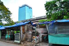 Kesenjangan (BxHxTxCx) Tags: city building jakarta kota slum gedung kumuh