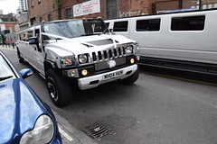 DSC_8141 Brick Lane London White Hummer H2 limo WHO4HUM (photographer695) Tags: brick lane london white hummer h2 limo who4hum