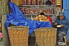pan y roscas (clicks trifasicos) Tags: argentina la paz bolivia el alto sudamerica fernandobarrientos ferbarrientos fertrifasico visionesdelcamino boliviaje