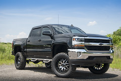 Chevy 1500 Black Pro Runner 002 (brockmullen24) Tags: chevrolet metal truck mickey racing tires chevy american moto series silverado 1500 thompson xd bushwacker lifted nfab