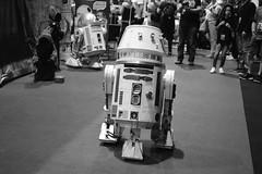 run away (coffeebucks) Tags: droid droids starwars starwarscelebration starwarscelebrationeurope swce londonexcel londonexcelcentre starwarscelebration2016 starwars2016