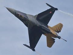 F16C 3 20160709 (Steve TB) Tags: canon riat lockheedmartin 2016 raffairford fightingfalcon turkishairforce f16c soloturk eos7dmarkii