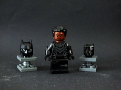 The Black Panther (The_Lego_Guy) Tags: lego black panther tchalla the guy thelegoguy marvel custom minifigures vambraces purist ish civil war comics marvel4thewin