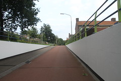tunnel bij de Reest in Assen (willemsknol) Tags: vaart assen willemsknol