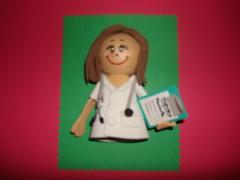 Broche Doctora E.V.A. (MIRA QUE COSICAS) Tags: eva broche doctora profesiones foami