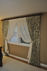 bedroom-drapes