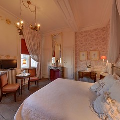 "La Chambre des Anges <a style=""margin-left:10px; font-size:0.8em;"" href=""http://www.flickr.com/photos/130830845@N06/16942219097/"" target=""_blank"">@flickr</a>"