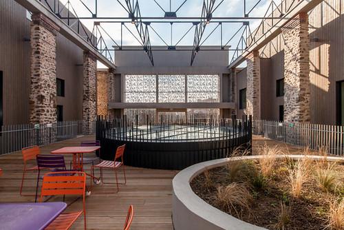Aimé Césaire dispose d'une terrasse à ciel ouvert de près de 300 m² © P. Le Tulzo