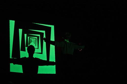 "WORKSHOP: Percepce lidského oka / Video jako zdroj světla na divadle • <a style=""font-size:0.8em;"" href=""http://www.flickr.com/photos/83986917@N04/17060722406/"" target=""_blank"">View on Flickr</a>"