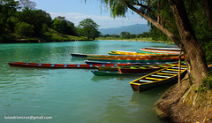 Ready for the trip (Adrian +) Tags: mountain water colors grass contrast river boat san holidays luis potosi tamul