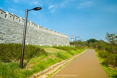 fortress wall (gwnam.2008) Tags: heritage wall ancient korea seoul southkorea fortress remains  namsan rampart   joseon fortresswall namsantower surroundingwall mtnamsan  seoulfortresswall  nx11 namhanfortress josundynasty