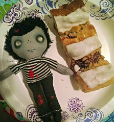 Pastry as Big as Z (Lawdeda ❤) Tags: from fun doll yum charlotte zombie adorable stewart pastry raspberry z etsy pocket publix yums