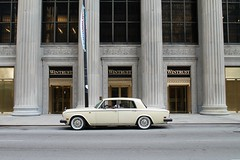 Dignified (Flint Foto Factory) Tags: chicago illinois urban city summer july 2016 downtown loop wjacksonblvd clarkst jackson clark intersection wintrust building 1977 1978 1979 1980 rollsroyce silver shadow shadowii rolls side profile classic architecture dignity class style import english british luxury car auto automobile motorcar front entrance money worldcars