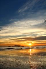 IMG_9194 -  Lung Kwu Tan (Mak_Ho) Tags:  lungkwutan  tuenmun  hongkong  sunset  sunsetclouds  cloud  magichour  sea  wave  tides  scenicphoto  scenicsites  landscape  photography  canon 700d hongkonglandscape