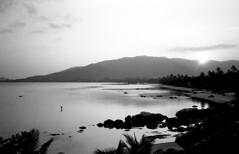 Samui Fisherman (H_H_Photography) Tags: kohsamui kosamui ko samui koh olympus olympusxa xa 35mm blackandwhite bw kentemere 100iso thailand travel fisherman fish beach bay beautiful landscape film analog filmlandscape