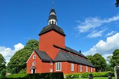 Habo kyrka / church (Bochum1805) Tags: 1723 church kirke kyrka träkyrka wood prästebolet19habokyrka spån röd red rödfärg kyrktorn churchtower kirche