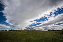 Perlan Reykjavik (Mauro Esains) Tags: perlan islandia reykjavik agua ciudad cielo lago paseo casas parque patos reflejosarboles aire libre gran angular nikon sigma nube