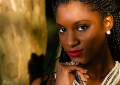 Miesha (02_034A) (ronnie.savoie) Tags: africanamerican black noir negra woman mujer chica muchacha girl pretty guapa lovely hermosa browneyes ojosnegros brownskin pielcanela portrait retrato model modelo modle smile sonrisa lafrenierepark metairie louisiana diaspora africandiaspora eoshe infinitexposure people nikonflickraward d7000 85mm bestportraitsaoi