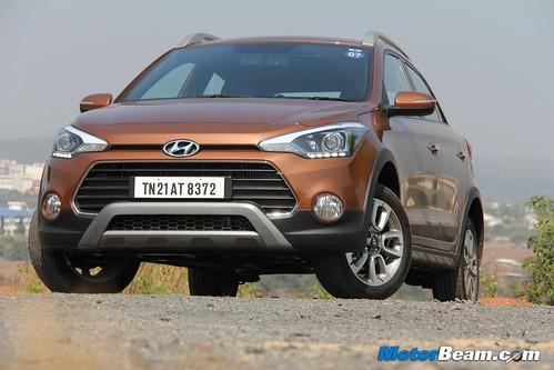 2015-Hyundai-i20-Active-12