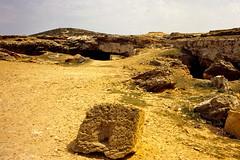 Tunisie, avril 1999, diapo numrise, photo Georges: carrires de El Haouaria (), ville situe  l'extrmit nord-est du cap Bon (Marie-Hlne Cingal) Tags: tunisia tunisie  tnis diaponumrise avril1999