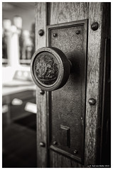 Canberra: Old Parliament front door knob (Karl von Moller) Tags: australia canberra act