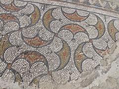 villa gallo romaine  de Serviac (Micheline Canal) Tags: france village midi ancien pyrenes villagalloromaine