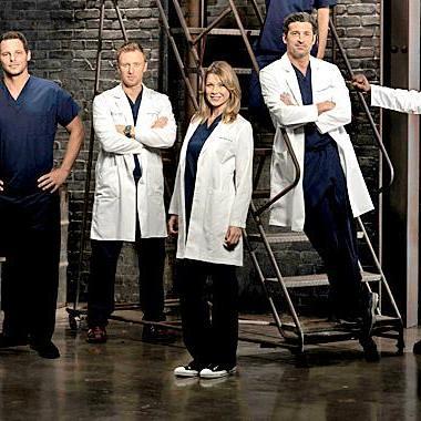 Shonda Rhimes gives statement on killing off Greys Anatomy star