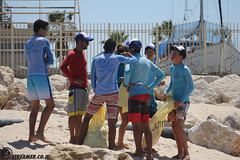 IMG_8784 (Streamer -  ) Tags: ocean sea people green beach nature students ecology up israel movement garbage sunday north group young cleanup clean teen shore bags  nonprofit streamer  initiative enviornment    ashkelon          ashqelon   volonteers      hofit