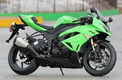 8-Kawasaki-Ninja-ZX-6RR