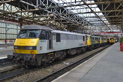 Freightliner 90047 - 86639 - 86612 - 86605 (Will Swain) Tags: crewe station 6th august 2016 cheshire north west south county train trains rail railway railways transport travel uk britain vehicle vehicles country england english freightliner 90047 86639 86612 86605 class 90 86