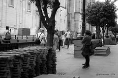 Semana Santa en Sevilla (Landahlauts) Tags: woman easter sevilla andaluca mujer stranger seville andalucia paso andalusia andalusien semanasanta procesion andalousie andalusie andaluz mantilla sevillano alandalus andaluzia  desconocidos cofradia hispalense hermandad  andaluzja robandoalmas stealingsouls andaluzio      isbiliya              andalouzia andalusiya      ishbiliya fujifilmxpro1