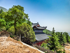 yuntai si 2 (wolvision) Tags: sun nature temple religion peaceful shaolin boudhism yuntai