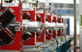 Daresbury Laboratory - Accelerator